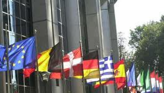 Στις 12 και 13 Μαΐου οι εξετάσεις για το Κρατικό Πιστοποιητικό Γλωσσομάθειας- 17.650 οι υποψήφιοι