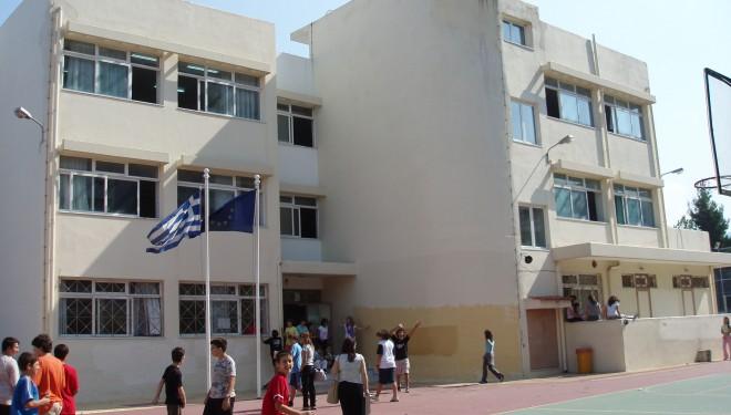 Συγχωνεύσεις και καταργήσεις 300 σχολείων: ποια εξαιρούνται